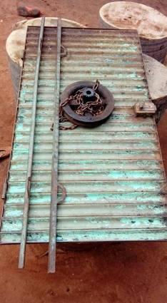 Puerta metalica 2.70 altura 2.80 ancho