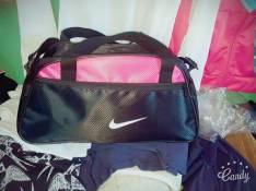 Bolson Nike brasileros