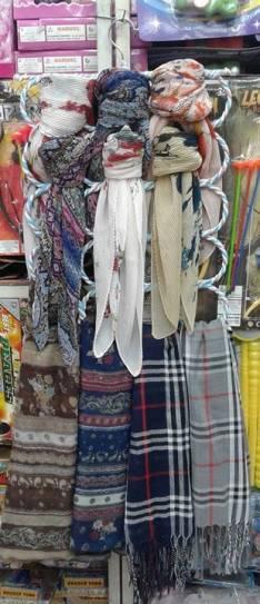 Bufandas y organizador de bufandas