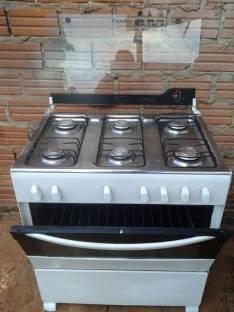 Cocina de 6 hornallas