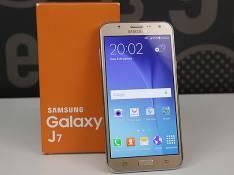 Samsung galaxy J7/06
