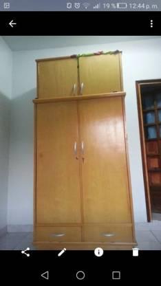 Ropero 2, puertas con valijera
