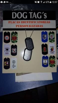 Medallas identificadoras tipo militar.
