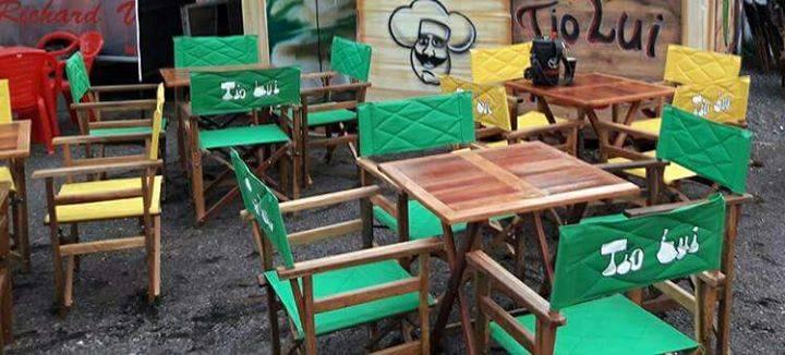 Juego de sillones de madera yanina gabriela cantero for Muebles cantero