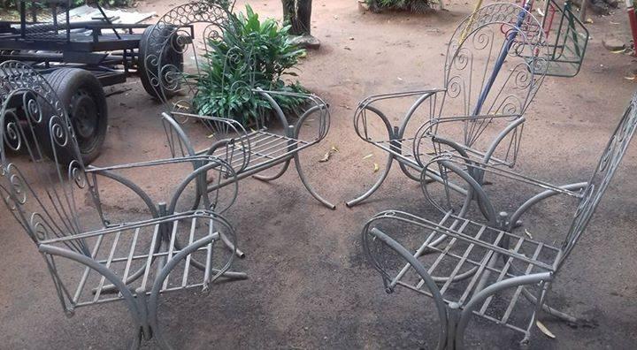 Juego de sillones usados de jardin 4 teresa yegros id for Juego de sillones usados