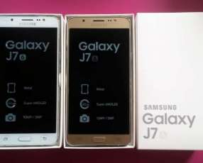 Samsung Galaxy J7 2016 LIBRES y NUEVOS