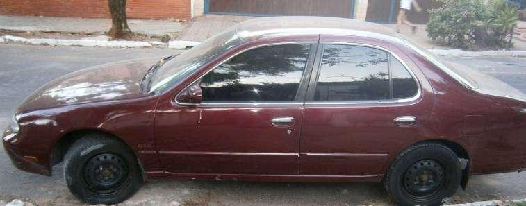 Nissan Altima 1993 Americano naftero - 0