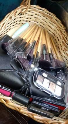Canasta de maquillaje