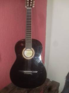 Guitarra negra Suzuki
