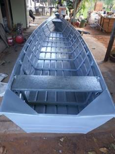 Botes de chapa galvanizada