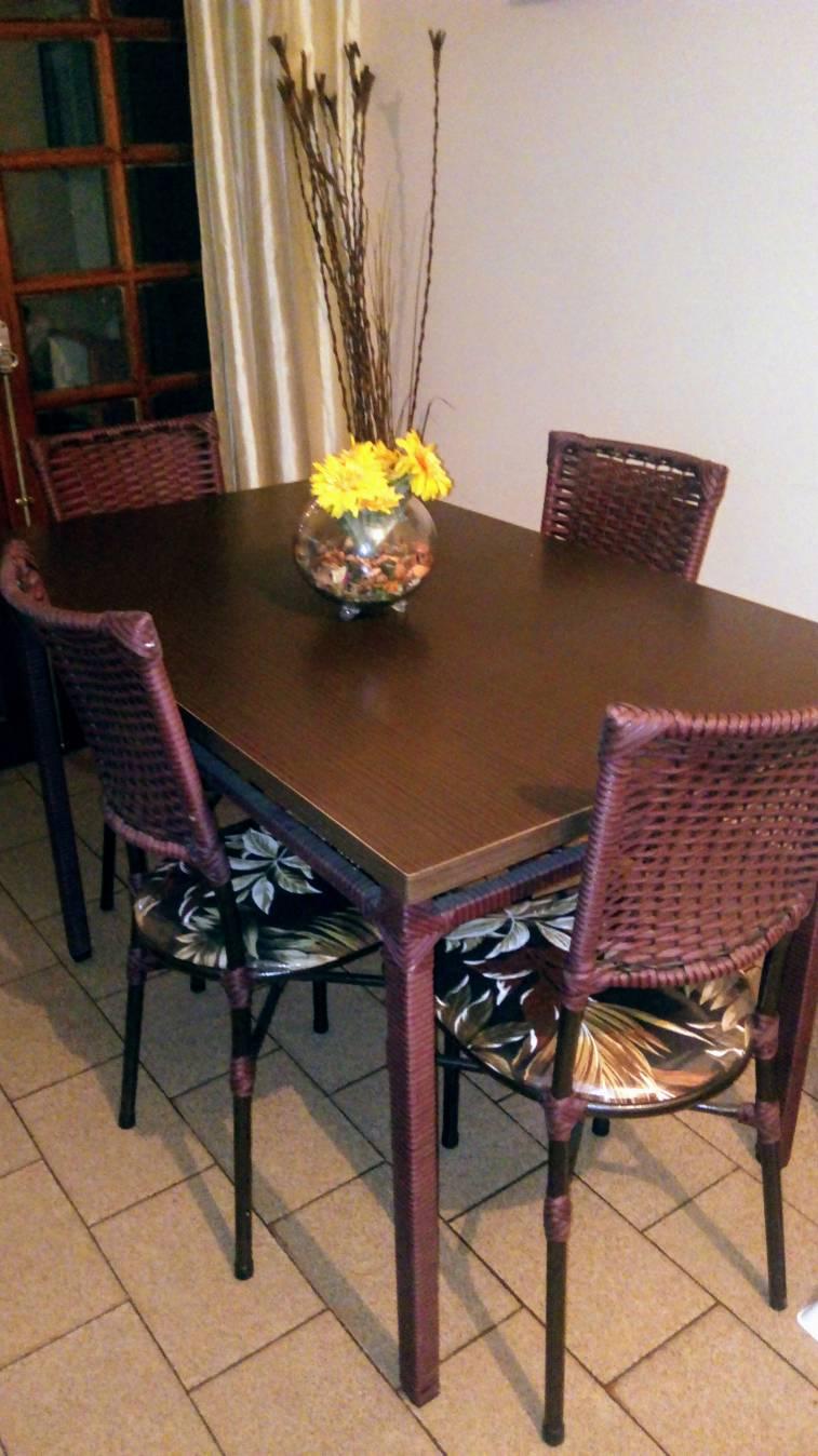 Juego de comedor de 4 sillas con tapizado natalia - Tapizado de sillas de comedor ...