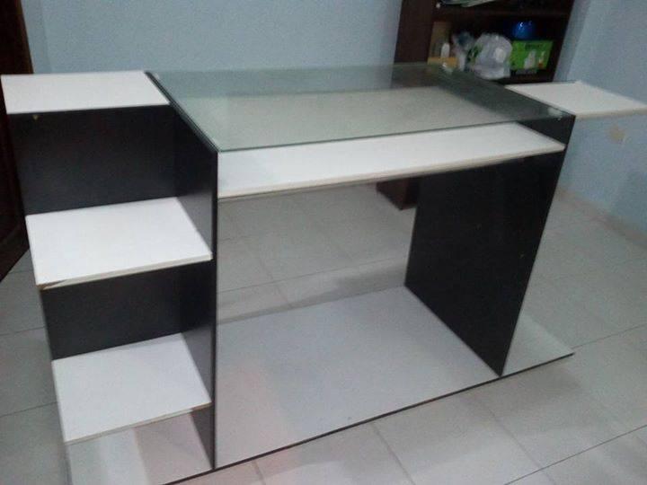 Mueble para boutique marcelo moreno ruiz for Muebles para boutique