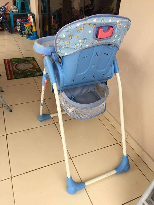Silla de comer para bebe y ajuar de cuna ever jara id 317804 - Alquiler coche con silla bebe ...