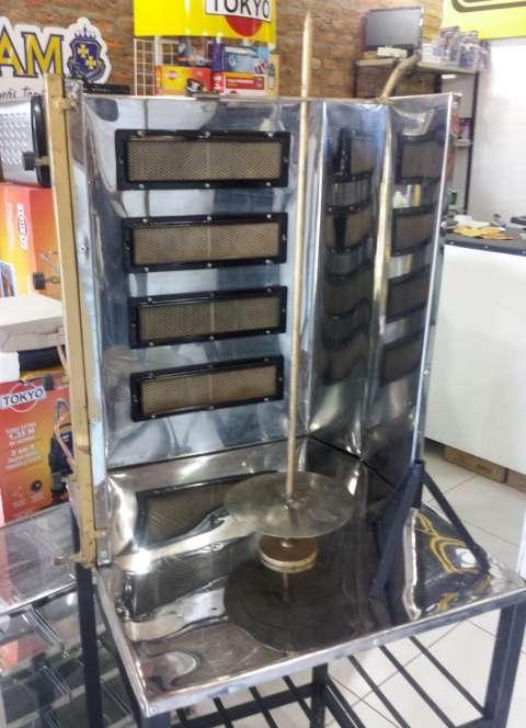 Maquina para Lomito Árabe de 4 Quemadores a gas