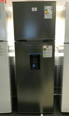 Heladera Tokyo inoxidable de 450 litros con dispenser frío húmedo