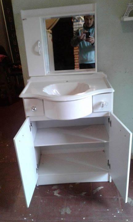 Mueble de ba o y botiqu n jose manuel for Mueble botiquin