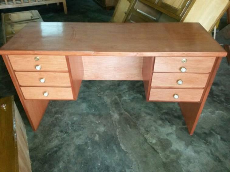 Escritorio muebles for Muebles de escritorio
