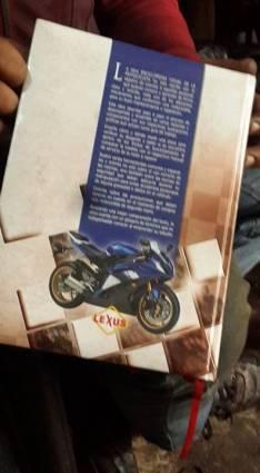 Enciclopedia visual de motocicleta