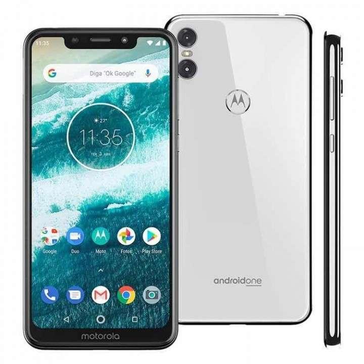 Motorola ONE 64gb nuevos en caja! - 0