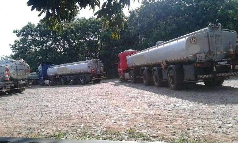 Scania 124 400 tanque 35.000 litros - 2