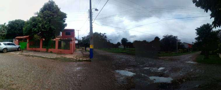 Casa en esquina en Luque 4to Barrio - 1