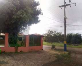 Casa en esquina en Luque 4to Barrio