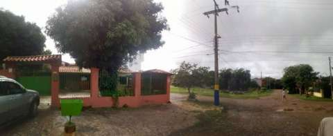 Casa en esquina en Luque 4to Barrio