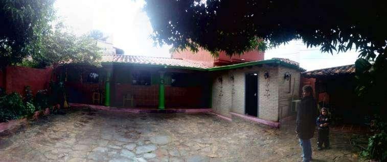 Casa en esquina en Luque 4to Barrio - 6