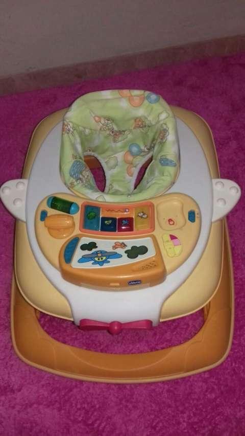 Andador para bebé Chicco antivuelco
