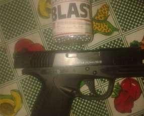 Pistola Bersa 9mm con CO2 aire acomprimido