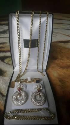 Lote de joyas de oro 18k