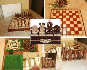 Juego de ajedrez artesanal