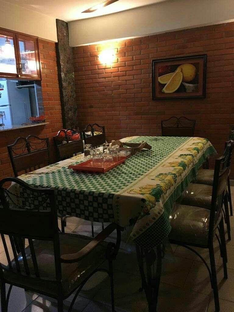 Casa sobre Yataity Corá casi avenida Fernando de la Mora - 1