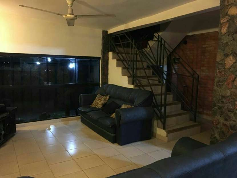 Casa sobre Yataity Corá casi avenida Fernando de la Mora - 3
