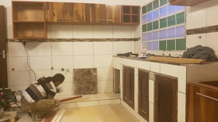 Mueble de cocina maciza sergio karim for La cocina de sergio
