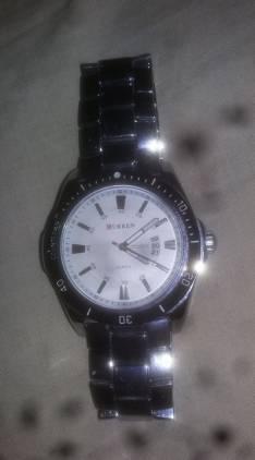 Reloj Curren