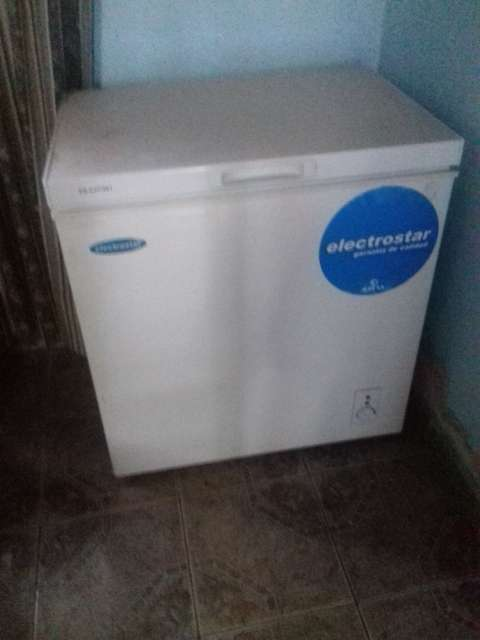 Congelador Electrostar de 150 litros