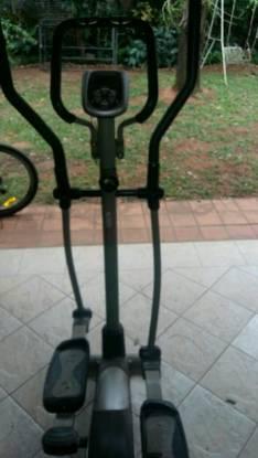 Bicicleta elíptica Tecnofitness