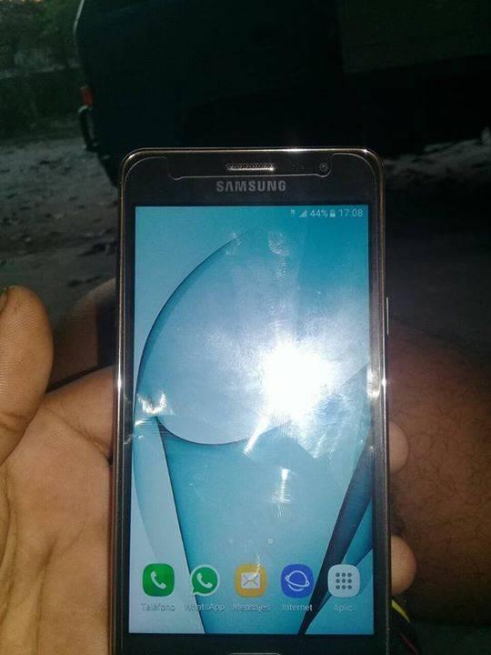 Samsung galaxy one 5