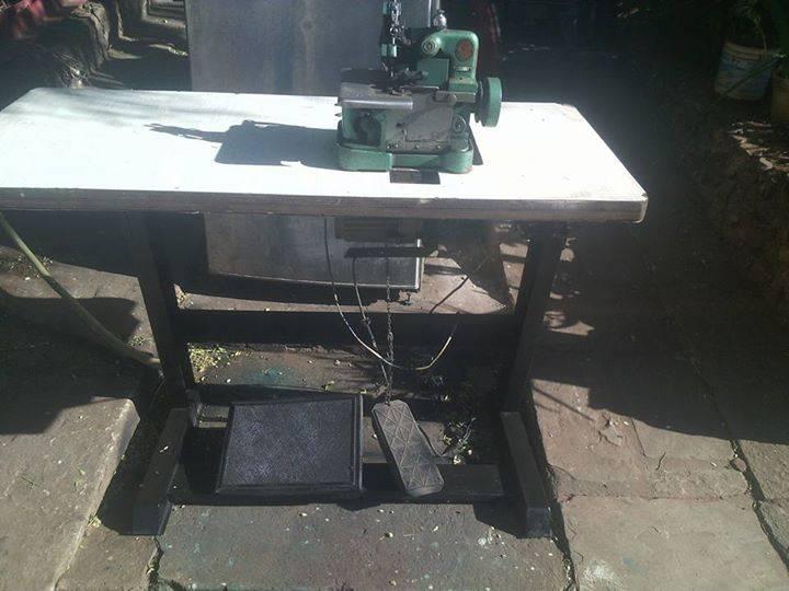 Maquina de coser overlot con mueble juanucho - Maquinas de coser con mueble ...