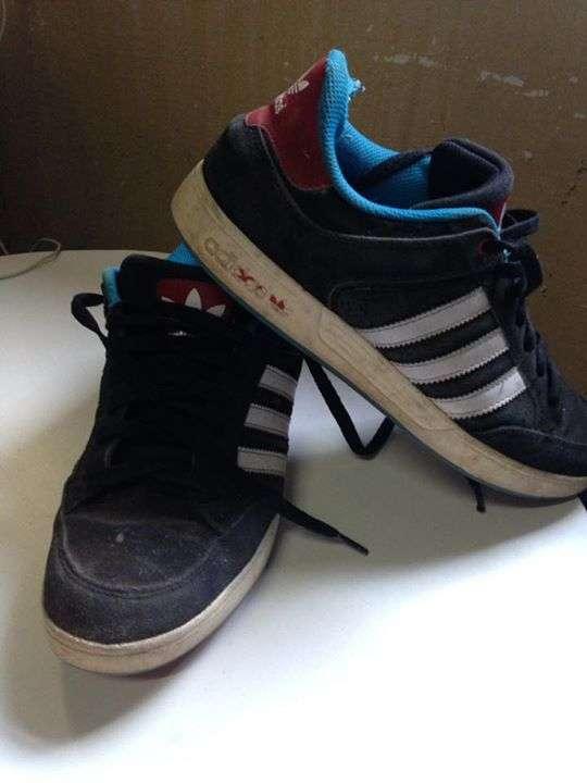 Champion Adidas calce 8 1/2 - 1