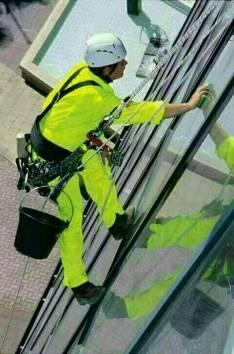 Servicios de altura y mantenimiento de edificio