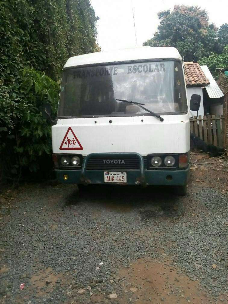 Mini bus Toyota Coaster 1987 - 0