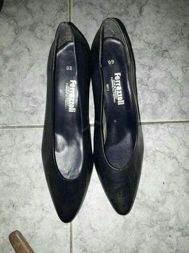 Zapato negro calce 38 39 - 1