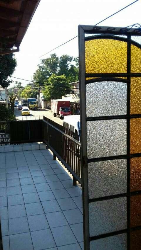 Departamento independiente sin estacionamiento San Lorenzo