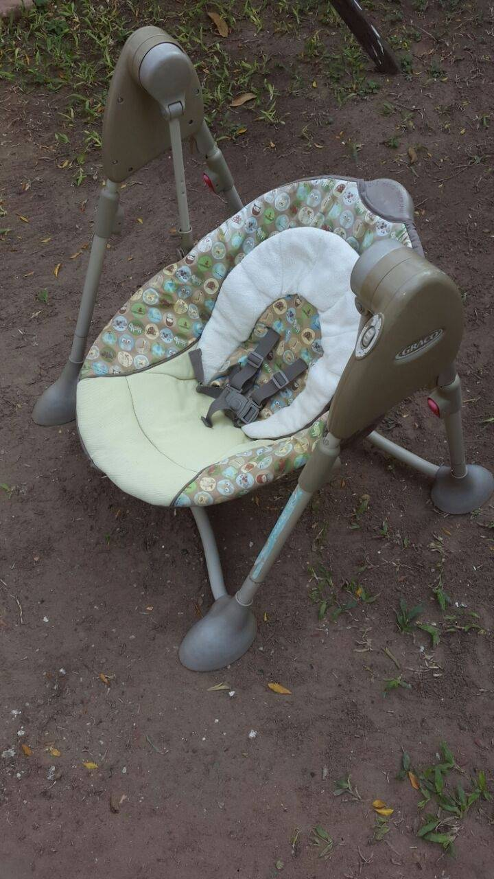 Hamaca mecedora graco para beb celita for Silla mecedora graco 6 velocidades