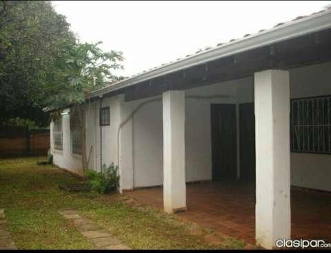 Casa independiente en isla bogado luque