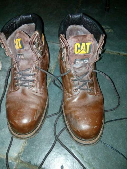 Bota CAT