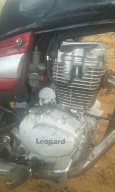Motor leopard 125 cc