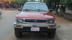 Toyota Hilux 1995 mecánico 4x4